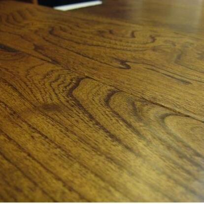 ��林地板
