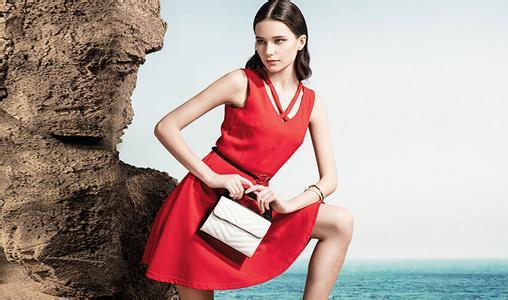 共创 品牌女装 民营企业 服装市场 岁月物语