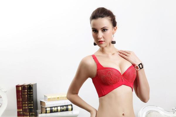 蓓芝美内衣自然科学、时尚舒适、健康塑型功能给顾客最好的享受